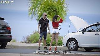 Scarlett Domingo needs help close to a broken car lounge gets fucked