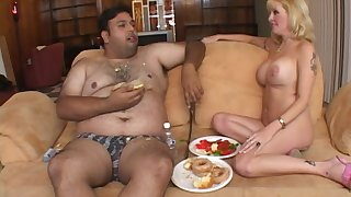 Nasty guy comestibles and gets his cock pleasured by mature Lexxy Fox