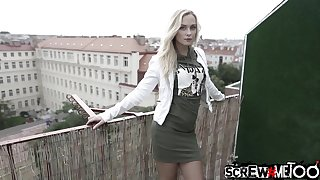 Libidinous babe Vinna Chiffon gets her pussy licked increased by fucked