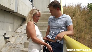 Sultry granny gets in pants of young handsome guy