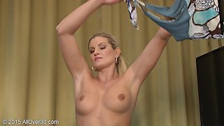 Sultry Wife Plays With Toy - Samantha Snow