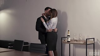 Fucking on the office gaming-table nigh busty journo Brooklyn Chase