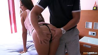 Tanned Hungarian babe Angelica Heart gets muddied facial after steamy pussy pounding
