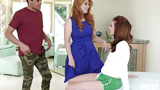 Tremendous girl Jaycee Starr does her best as she fucks during MFF