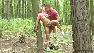 Elegant amateur chick fucked into the woods and creamed like a whore