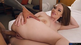 Hadley Viscara curvy babe sex video