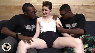 Randy whore Emma Snow insane interracial porn