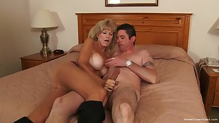 Mature gets her hands on the tastiest dick she had nearly ages