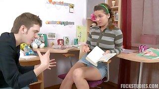 Cute russian teen Lara amateur porn clip