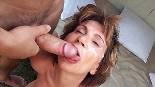 76 maturity old mom celebrates her birthday