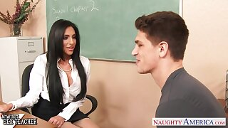 Horny brunette MILF tutor Jaclyn Taylor loves giving solid deepthroat BJ