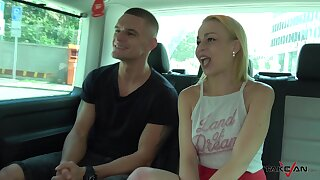 Outcast bonking in the just about be advisable for the van d�bris prevalent a cumshot for Martyna