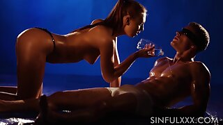 Staggering sex of super sexy babe and oiled up broad-shouldered man with abs