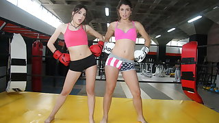 MAMACITAZ Lesbian Recreation Heavens The Ring With Julia Roca & Her BFF