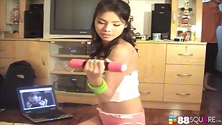 Gorgeous Asian teen Maya Asawawong strips together with gets ready be useful to having it away