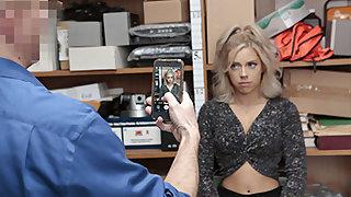 Allie Nicole in Pleading No. 2120778 - Shoplyfter