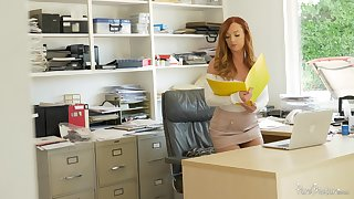 Goor looking redhead Dani Jensen spreads her legs be proper of office quickie