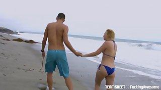 Handsome blonde girlfriend Samantha Rone moans with pleasure